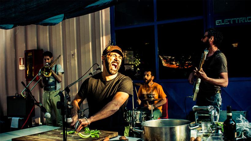 Don Pasta, il cooking dj che salva la cucina italiana