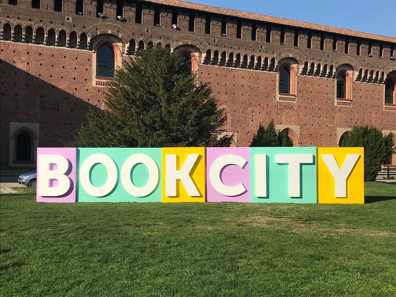 BookCity Milano: 4 giorni dedicati alla lettura. E alla felicità.