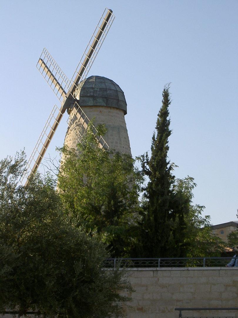 Gerusalemme, il mulino di Montefiore e la storia del suo visionario fondatore