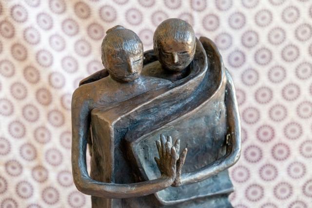 Milano omaggia Rachele Bianchi, artista solitaria ed enigmatica
