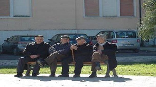 Le Storie della Porta Accanto (18). Umarell, ovvero anziani che dirigono cantieri pubblici