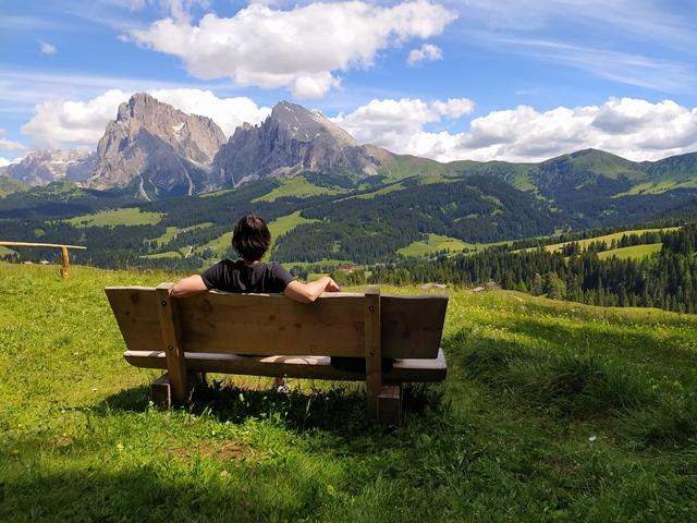 Emozioni d'Italia (5). Poesia e incanto, inno alle Dolomiti tra parole e silenzio