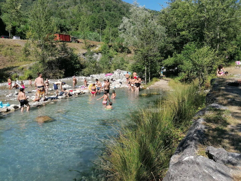 Un salto a Equi Terme, tra acqua sulfurea e grotte