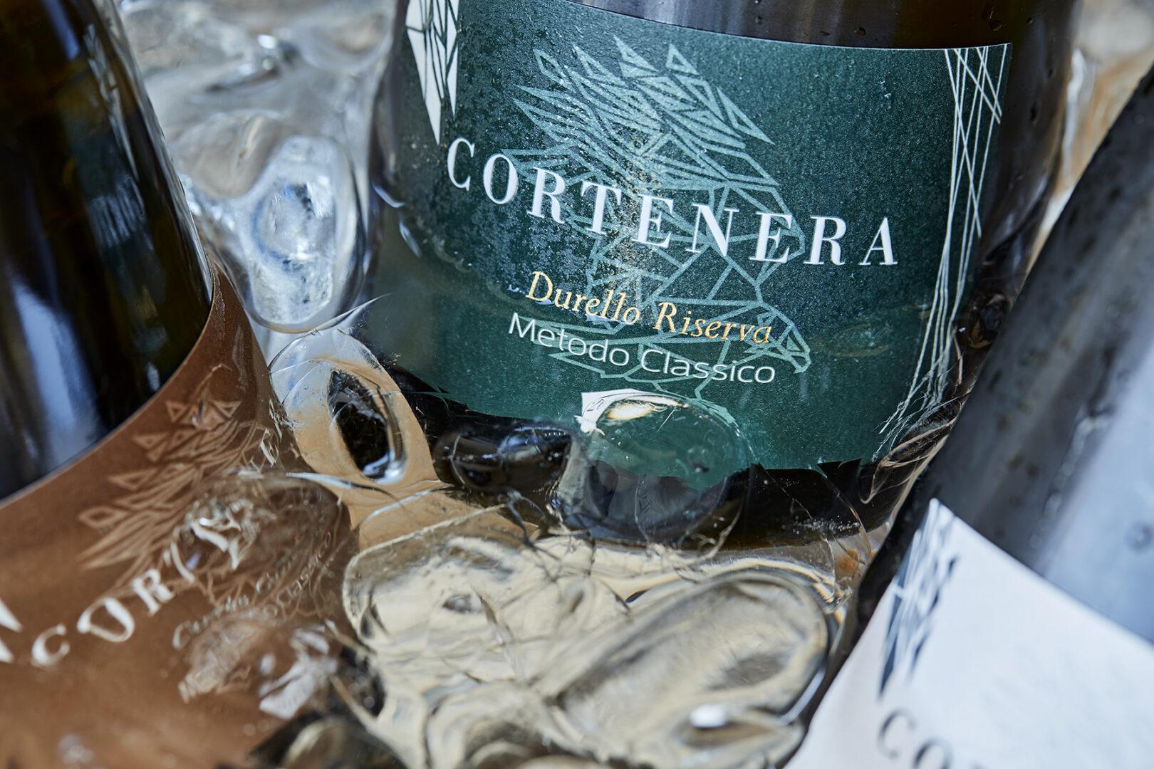 """Cortenera, un vino che racconta la tradizione """"dentro"""" un design d'avanguardia"""