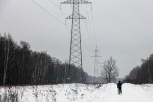 Losinij Ostrov - la via elettrificata