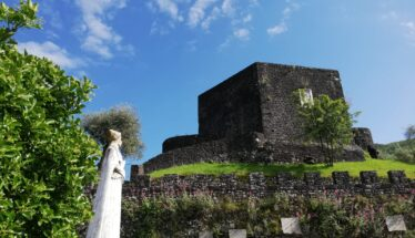 Dante guarda la sua Torre, Lunigiana