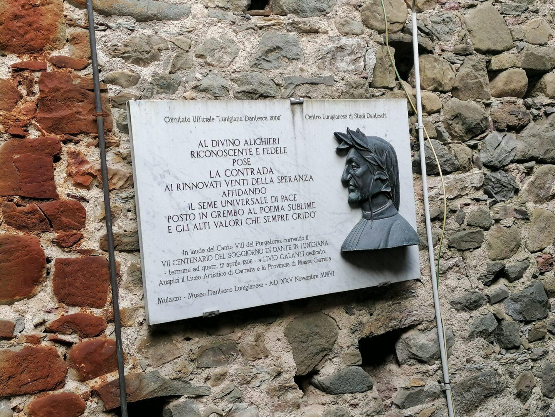 lapide commemorativa Dante
