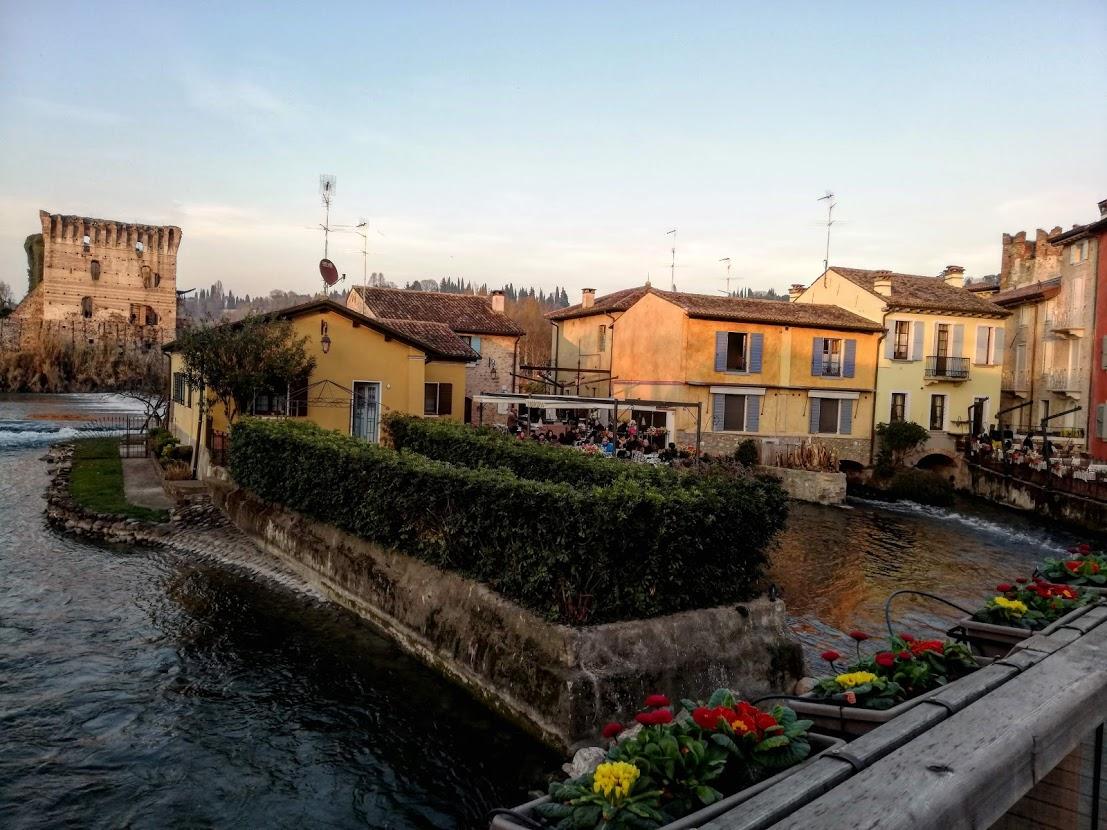 Emozioni d'Italia(10). Un concerto di cicale e rondini a Borghetto (Valeggio sul Mincio)