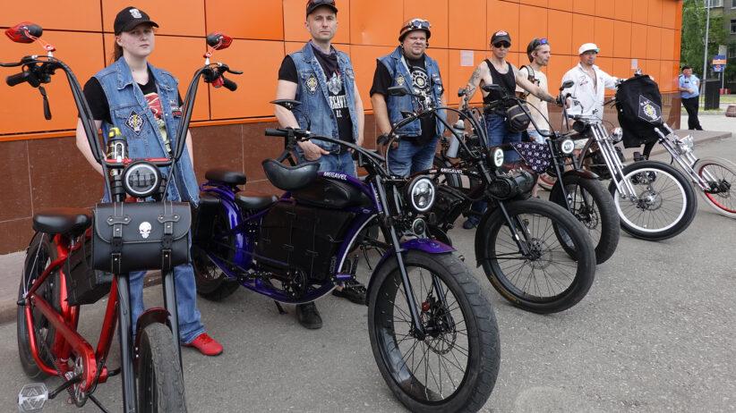 Megavel, le mega biciclette custom di Mosca